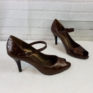 Predictions brown alligator open toed heels size 6